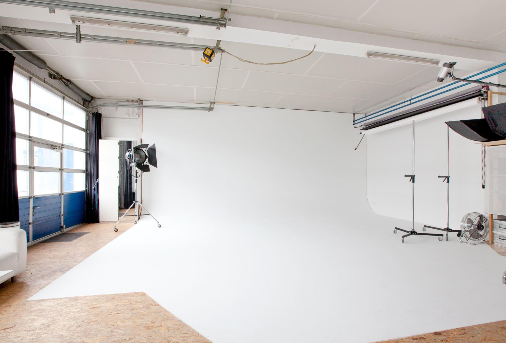 Stefan Albers: Münster Fotograf zeigt sein Studio